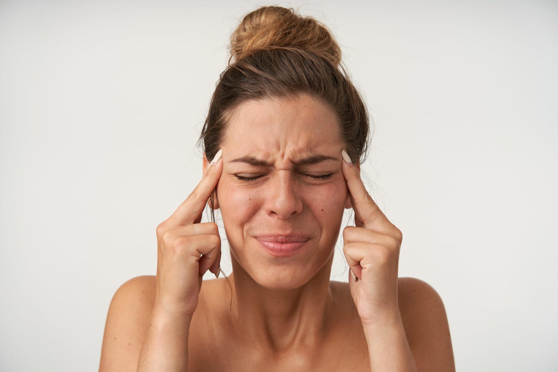 femme-migraine-mal-de-tete